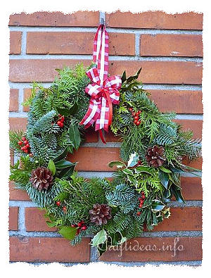 Natural Evergreen Wreath for Christmas