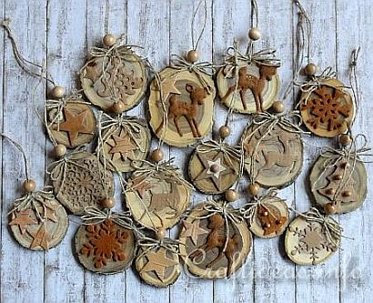 Natural Ornaments Crafted From Wooden Branch Slices 1