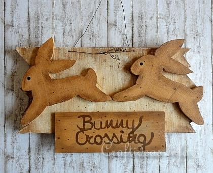 Wood Craft for Spring and Easter - Wooden Sign with Crossing Bunny