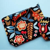 200 Cosmetic Bags - Varied Sizes