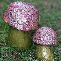 Decopatch Paper Maché Mushrooms