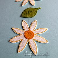 Felt Daisy and Leaf Garland