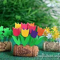 Upycycling Wine Corks - Mini Flower Beds