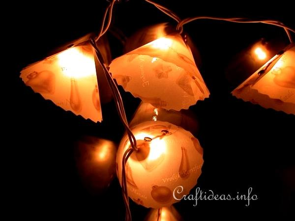 Basic Christmas Craft Ideas - Christmas Lights Garland