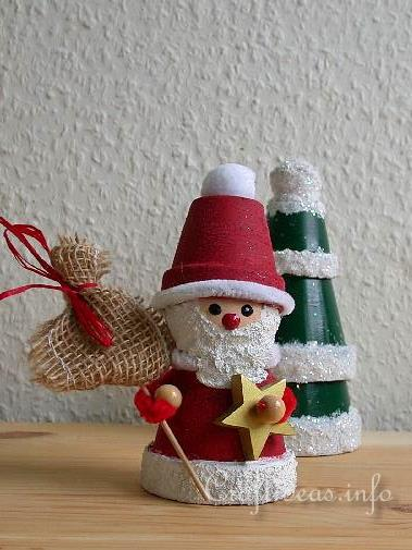 Free Christmas Craft Project Clay Pot Santa
