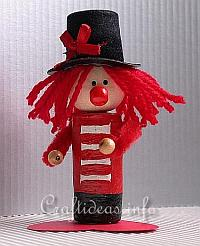 Basic Craft for Summer - Cute Cork Clown