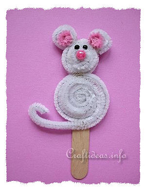 Chenille Mouse on a Popsicle Stick