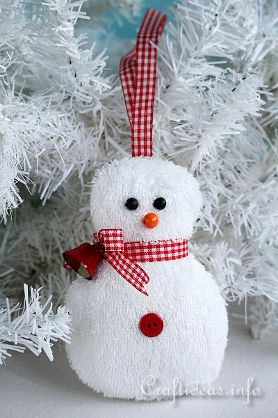 Christmas Ornament to Sew - Washcloth Snowman