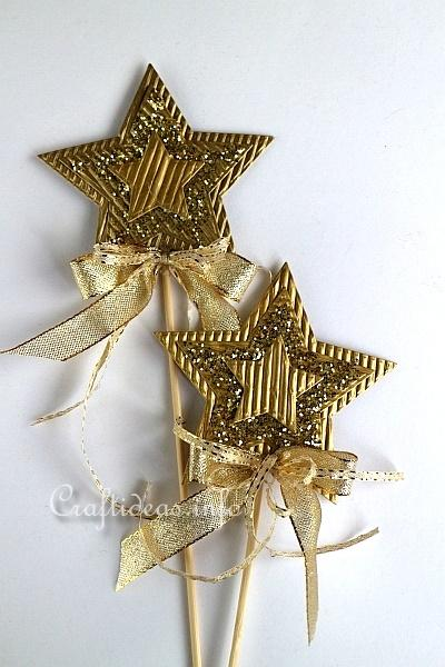 Christmas craft ideas paper star plant poke for Christmas star craft ideas