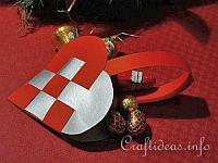 Christmas Paper Craft - Swedish Heart Paper Christmas Ornament