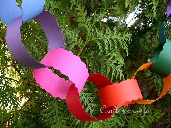 Christmas Paper Craft For Kids   Easy To Make Tree Garland