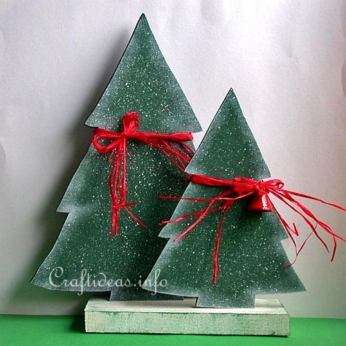 Christmas Wood Craft   Wooden Christmas Trees Set 2