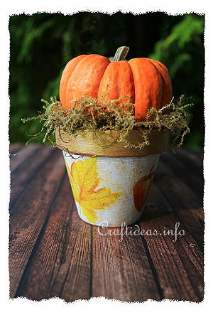 Clay Pot and Pumpkin Decoration 300