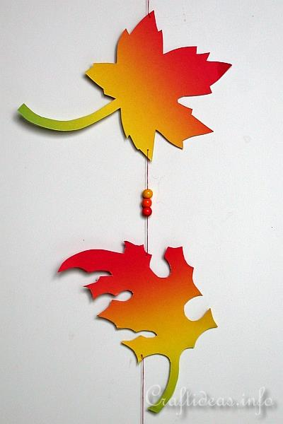 Fall Leaves Paper Garland - Detail
