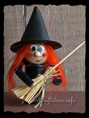 Halloween Craft - Wine Cork Witch