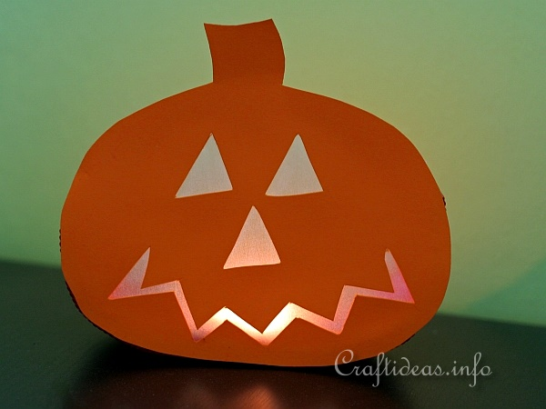 Free Paper Craft Ideas - Fall - Halloween Paper Pumpkin Luminary