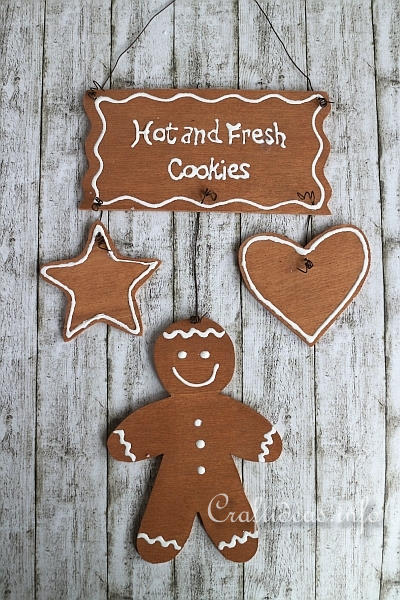 gingerbread craft ideas wood craft fresh cookies gingerbread sign 2082
