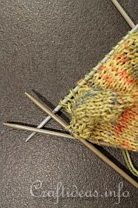 Illustrated Knitting Tutorial - How to Knit Socks 2
