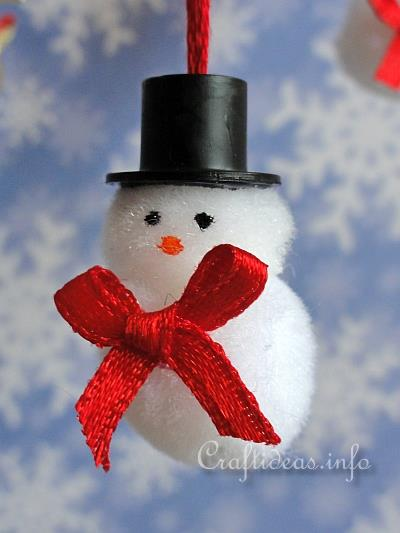 Mini Pom-Pom Snowmen Ornament