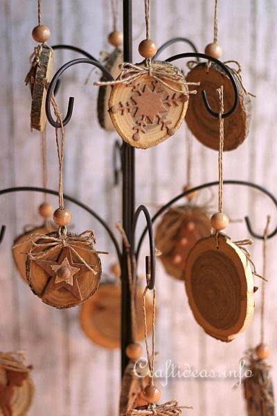 Natural Ornaments Crafted From Wooden Branch Slices 2