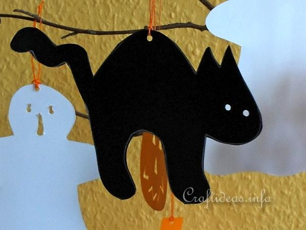 Paper Craft for Halloween - Halloween Cat, Pumpkin and Ghost Paper Figures - Black Cat