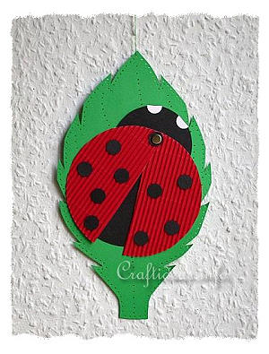 Paper Craft for Spring - Paper Lady Bug on a Leaf