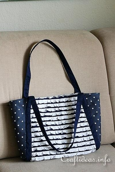 Picnic Tote - Blue and White 1