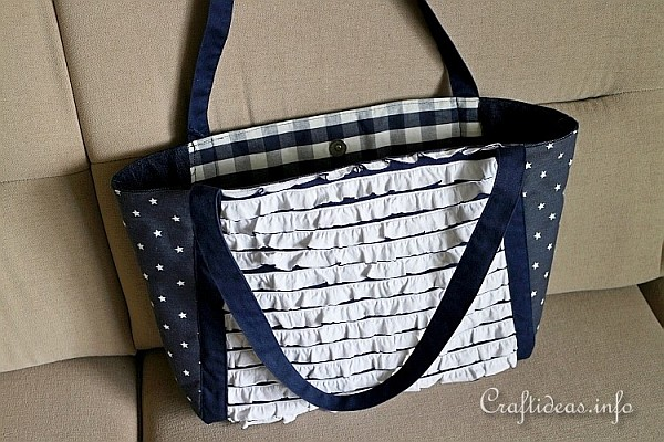 Picnic Tote - Blue and White 2