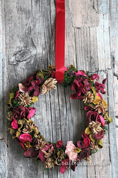 Potpourri Christmas Wreath