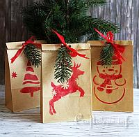 Stencilled Christmas Gift Bags