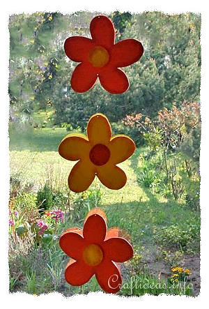 Summer Wood Craft Idea - Wooden Flower Garland