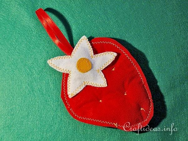 Textile Craft - Felt Strawberry Potpourri Holder