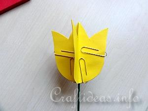 Tutorial for Paper Tulips 9