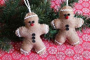 Winter and Christmas Season - Gingerbread Crafts