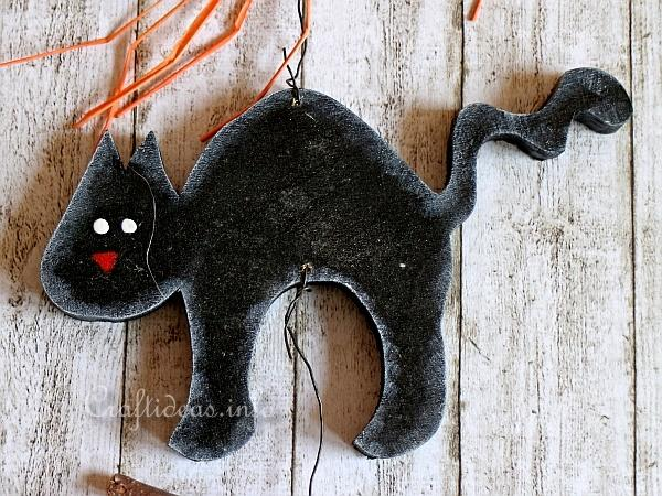 Wood Craft for Fall and Halloween - Black Cat and Pumpkin Garland 2