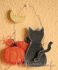 Wood Craft for Halloween - Wooden Cat Staring at the Moon