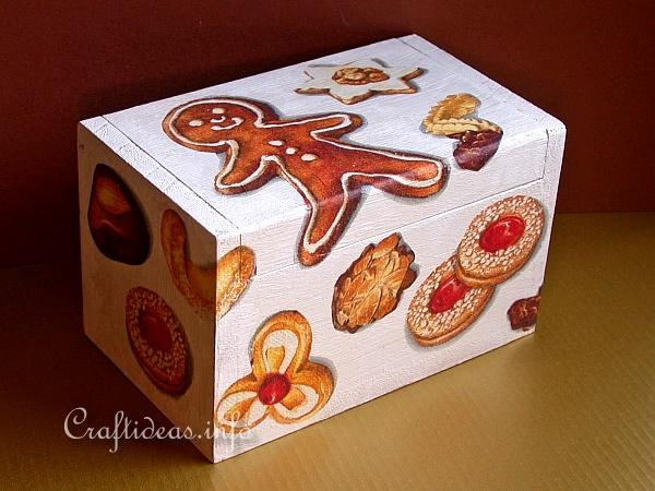 Wooden Recipe Box with Paper Napkin Applique Motifs 2